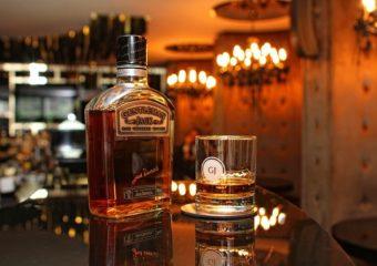 parisin en güzel viski barları
